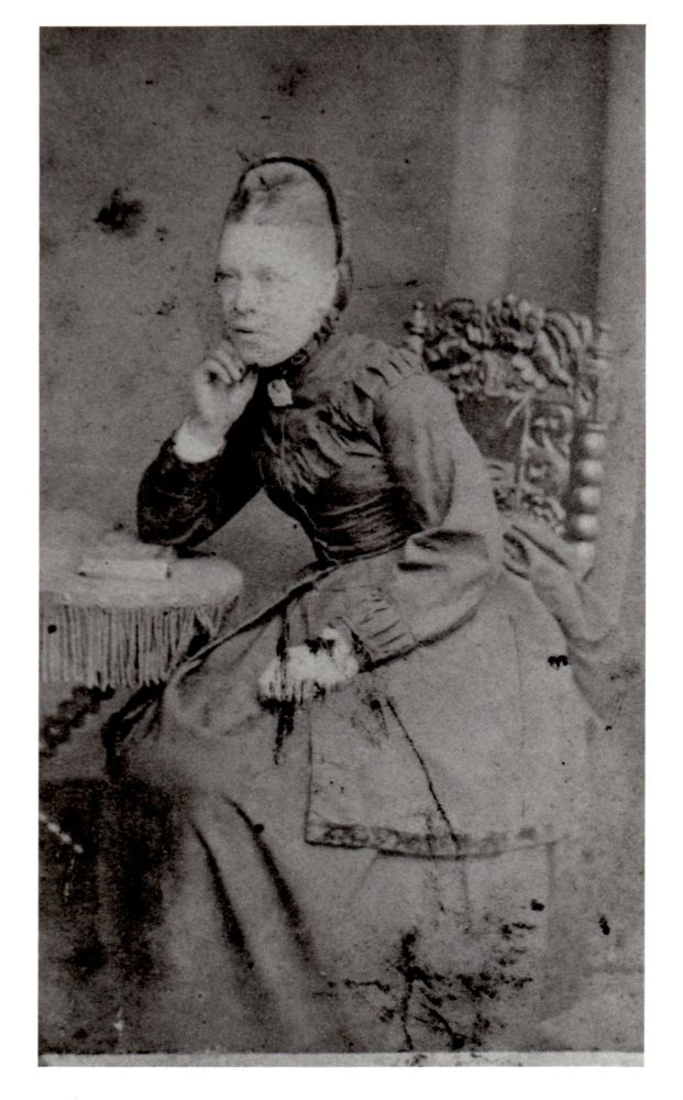 Charlotte  (Rhoda) Leggett c.1874, Mother of Alice May Reid, Nee Richards
