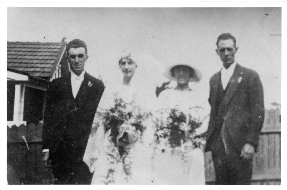 L-R Harold J. Reid, Vera James, Annie L. Reid and Norman Spearman 1924